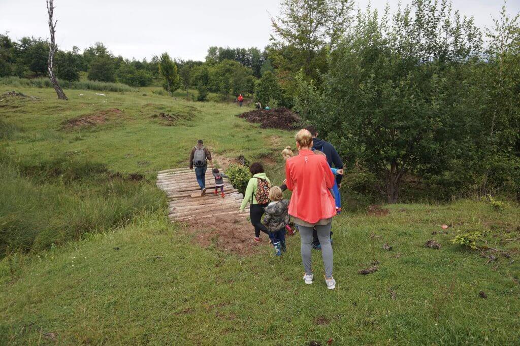 Drumetii cu parinti si copii