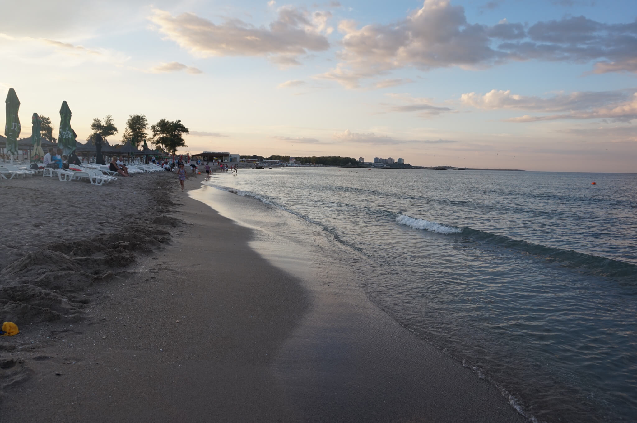 Plaja pe la ora 20:00 - peisaj superb