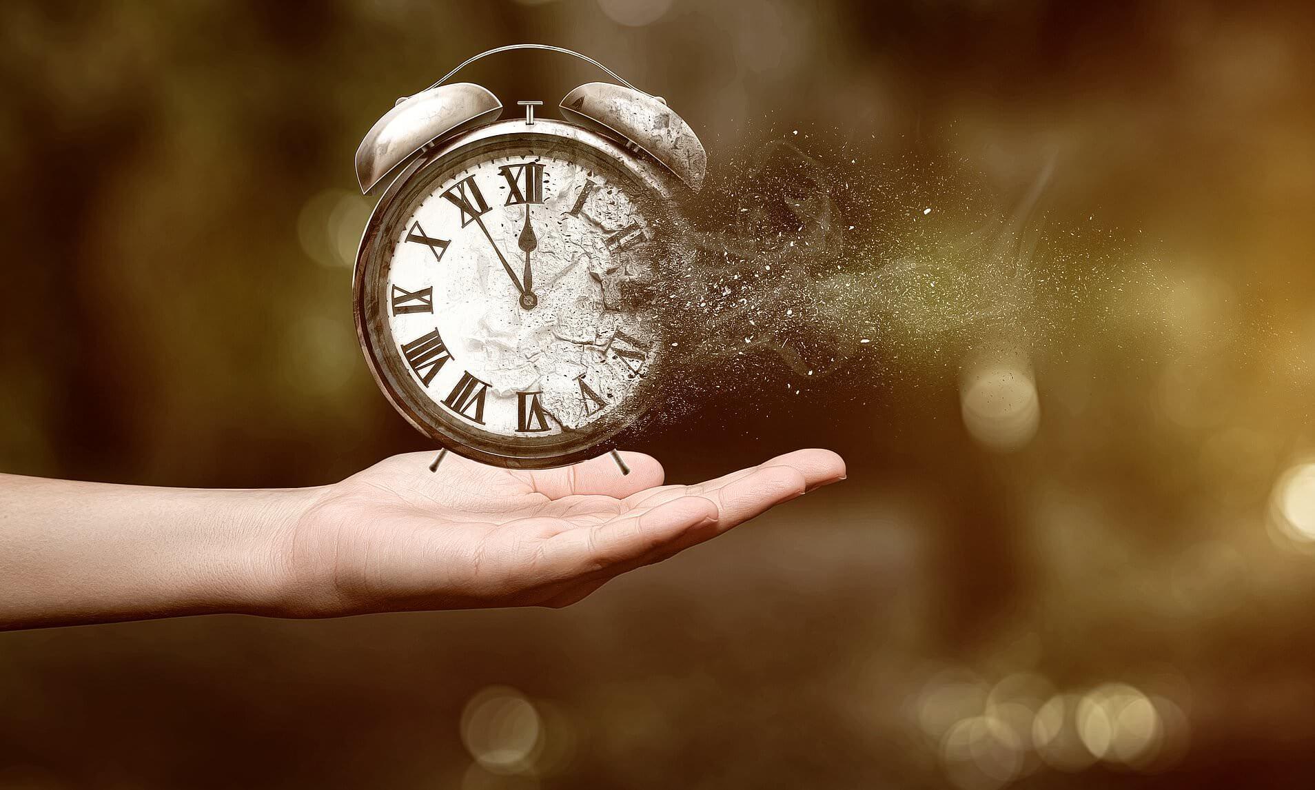 Timp. Cine mai are timp?